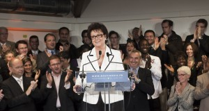 Présidentielles 2012 : Christine Boutin candidate