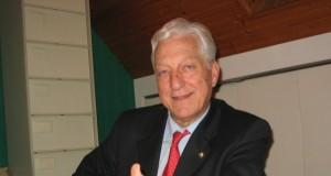La Manche Libre: Législatives : Claude Gatignol jette l'éponge