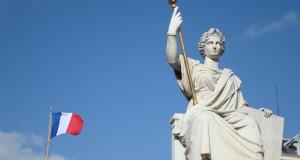 Charlie Hebdo : le PCD appelle les Français au rassemblement et conteste l'exclusion du FN