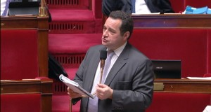 « Il n'est pas nécessaire de prolonger l'état d'urgence » – Interview de Jean-Frédéric Poisson à La Croix.
