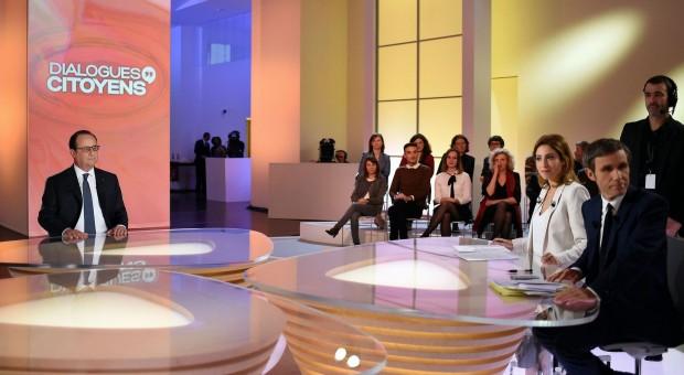 «Dialogues citoyens » – Intervention de François Hollande : un naufrage en direct