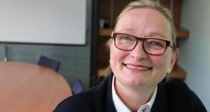 Législatives 2017 : la Grande Traversée de Christine Calleja candidate dans l'Orne du 8 au 14 mai