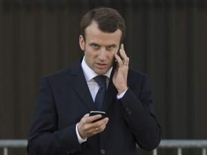 Emmanuel-Macron-aux-commemorations-du-11-novembre-en-2014_exact1024x768_l (1)