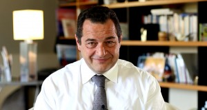 Casse industrielle et souveraineté européenne : la France ne suffit plus à Emmanuel Macron !