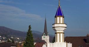 Christine Boutin réagit à la polémique sur les minarets