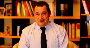 VIDEO – « Vendredi, c'est Poisson » du 7 décembre 2018 – Pacte de Marrakech : une gifle insultante aux gilets jaunes et aux Français #37